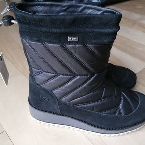 UGG waterproof size 9 and 9.5